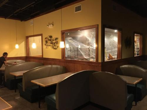 Legault Construction - Mo's Pub and Grill Diningroom Renovation
